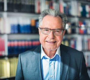 Porträt von Anwalt Schnorrenberg