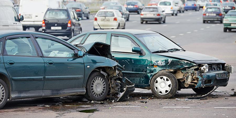 Unfall zwei Autos